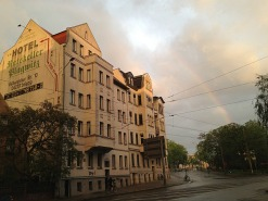 13.1431650812.rainbow